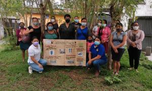 Capacitan a mujeres de Sacatepéquez sobre el manejo de residuos y desechos